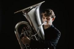 La tuba e la passione per la musica italiana