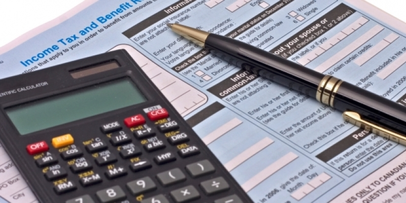 Calendario comunitario: income tax e corsi di italiano