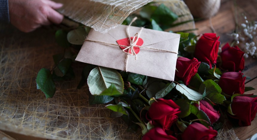 San Valentino, i 5 regali da evitare e i consigli per fare il dono perfetto
