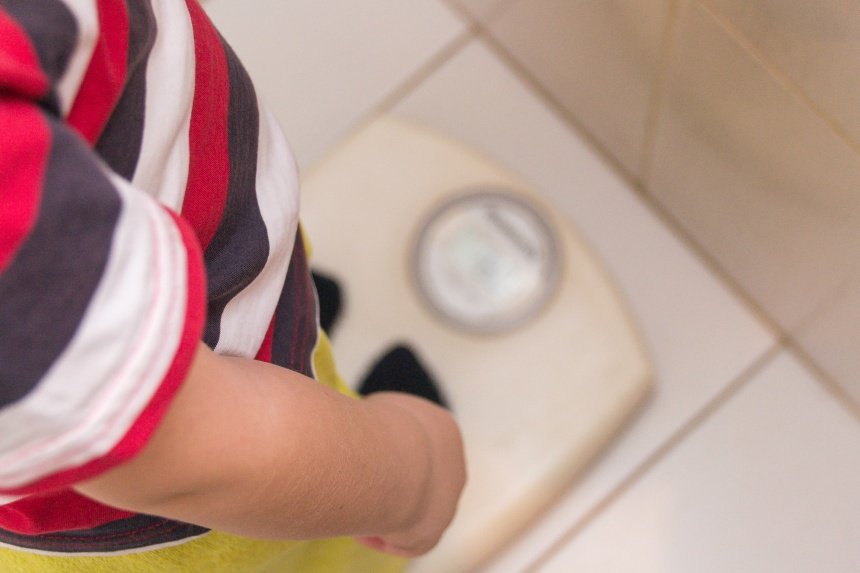 Covid: italiani più grassi, obeso un bambino su tre