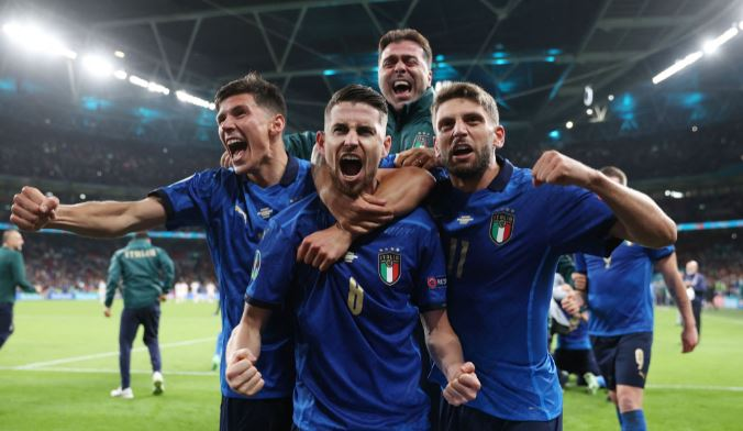 Europei: gli italiani all'estero con gli Azzurri in finale