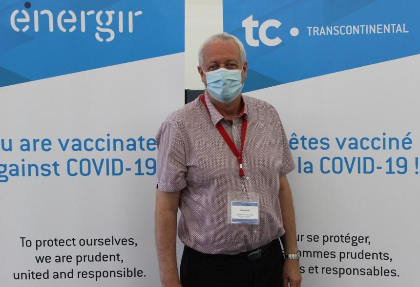Il Centro di vaccinazione di TC Transcontinental/Energir a R.d.P.: il sorriso dietro la maschera